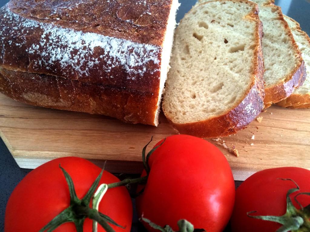 Brood en tomaat